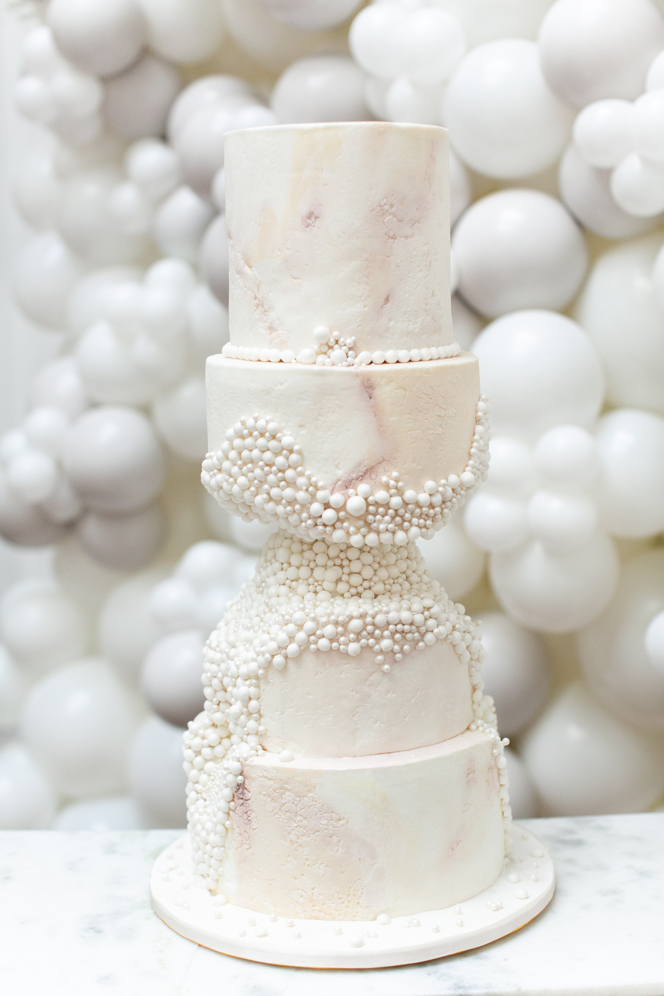 carved-pearlode-luxury-wedding-cake-from-elizabeths-cake-emporium-1