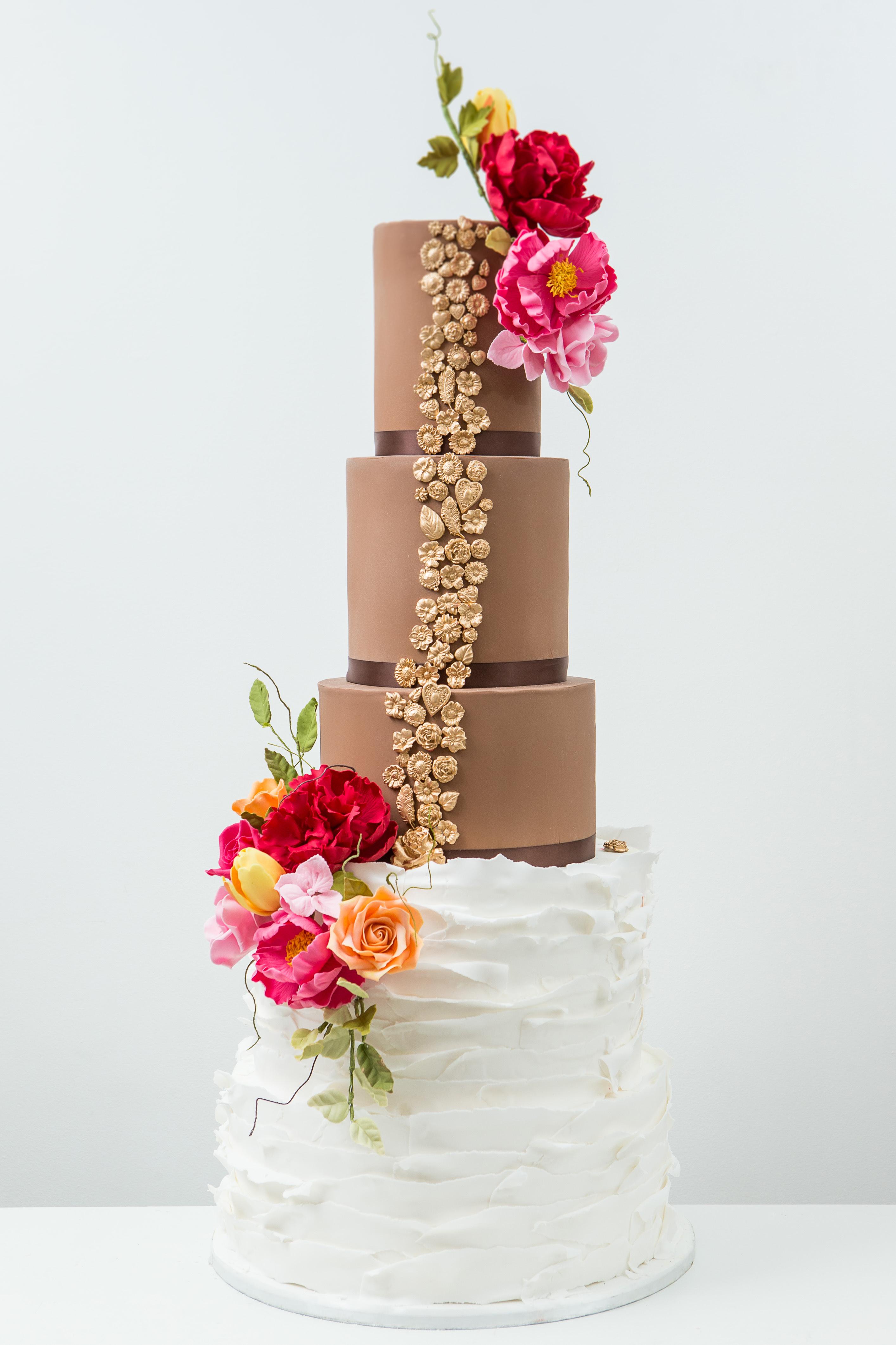 textured-cake-chocolate-ruffle-cake-elizabethscakeemporium-1