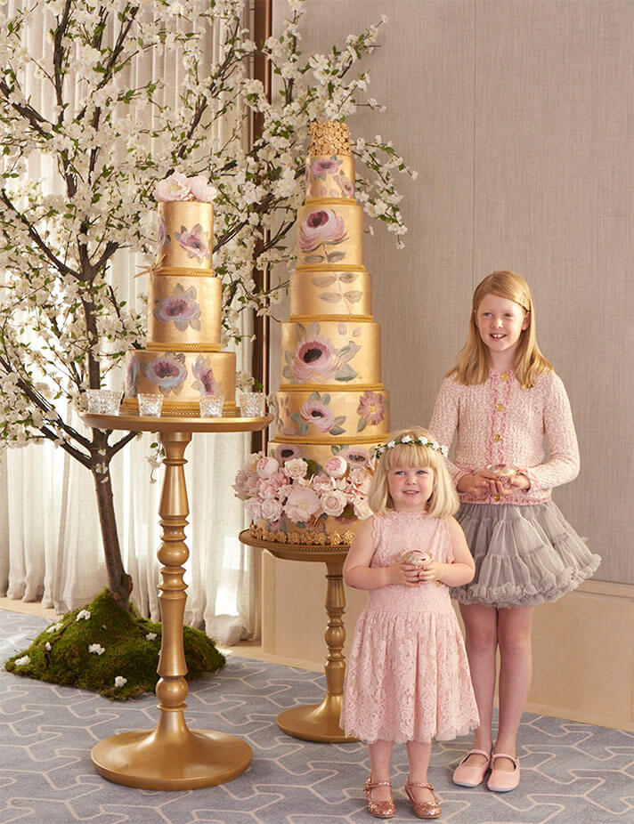 gold_gold_painted_cakes